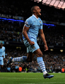 City Outplays United to Clinch the Top Spot