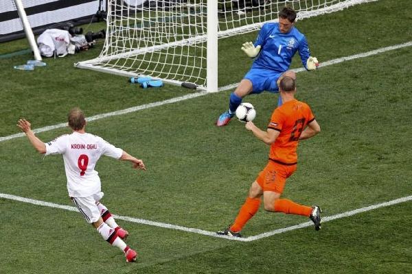 The Dutch Debacle (Netherlands vs Denmark) – EURO 2012
